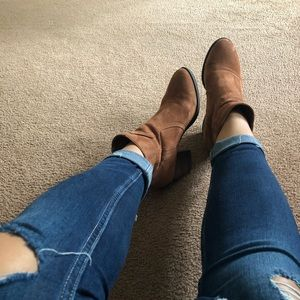 Call it Spring Booties😍